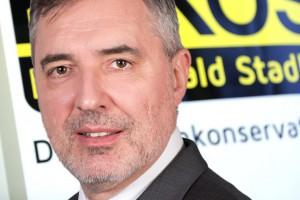 Ewald Stadler tritt zurück