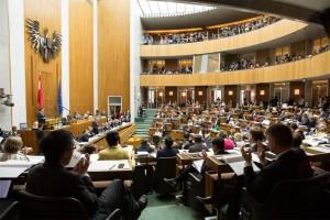 Skandalös: Der Ö. Nationalrat beschloss wieder ein Gesetz, dem nicht alle Österreicherinnen und Österreicher vollinhaltlich zustimmen