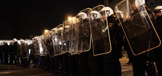 Der drastisch unterdimensionierte Polizeieinsatz beim WKR-Ball 2014
