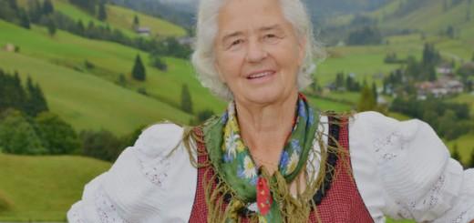 "Hobby-Politologin, Gastwirtin und Stratorphärenspringerin ""Wut-Oma"" Frieda Nagl"