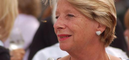 Ursula Stenzel, die Bezirksvorsteherin der Herzen